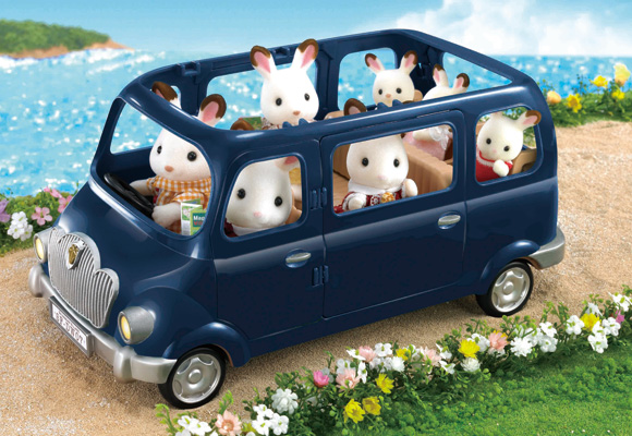 https://www.sylvanianfamilies.com/assets/includes_gl/img/catalog/connect/sylvanian/bluebell.jpg
