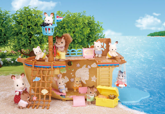 https://www.sylvanianfamilies.com/assets/includes_gl/img/catalog/connect/sylvanian/seasideboat.jpg