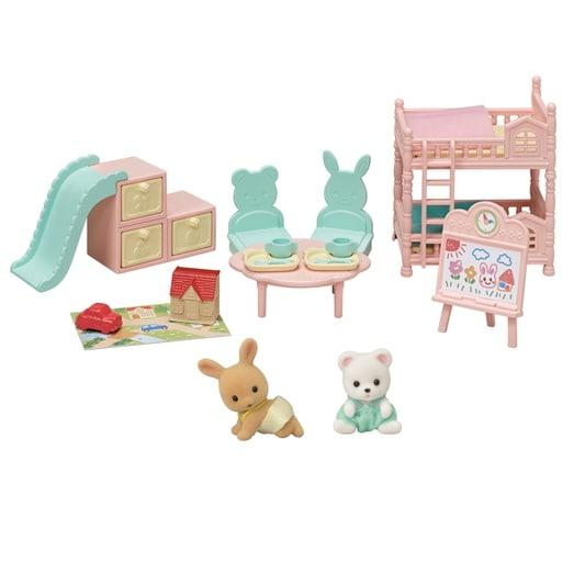 La salle de jeu des bébés et figurines - 6