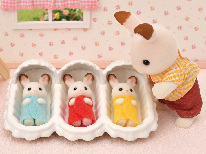 Les triplés lapin chocolat et accessoires puériculture - 8