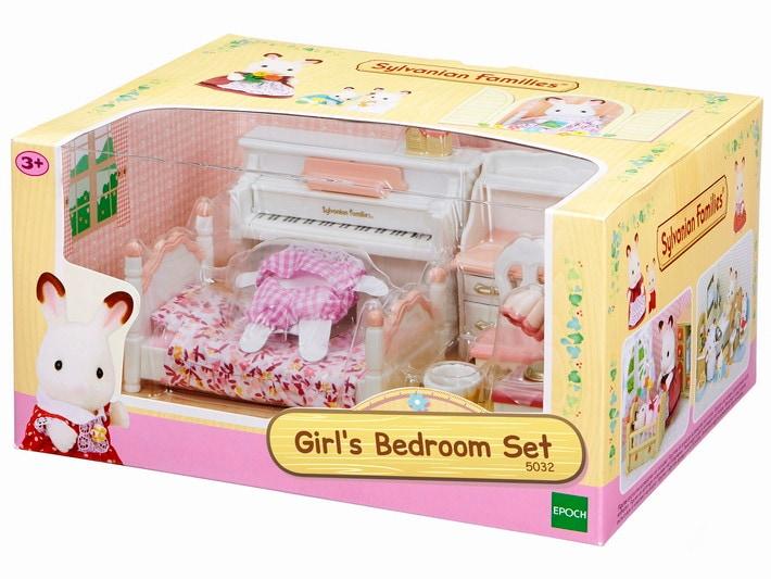 Girl's Bedroom Set - 4