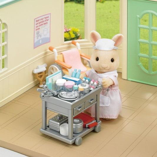 Country Nurse Set - 7