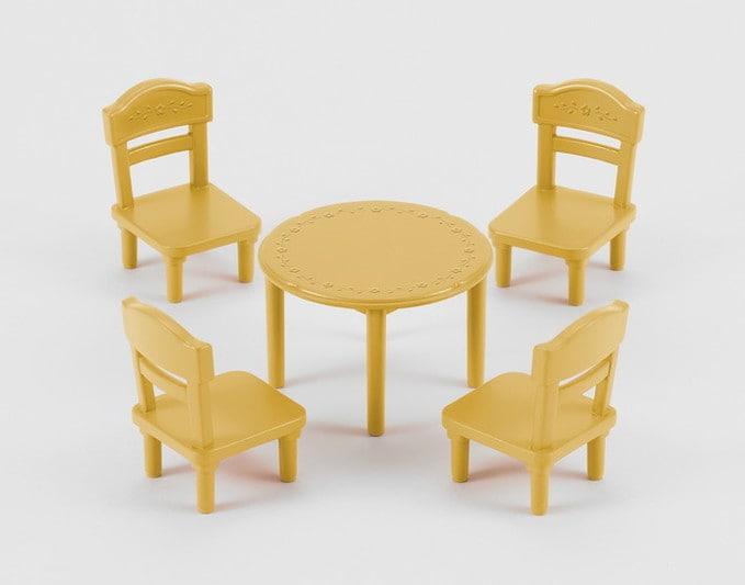Galds un krēsli - 4